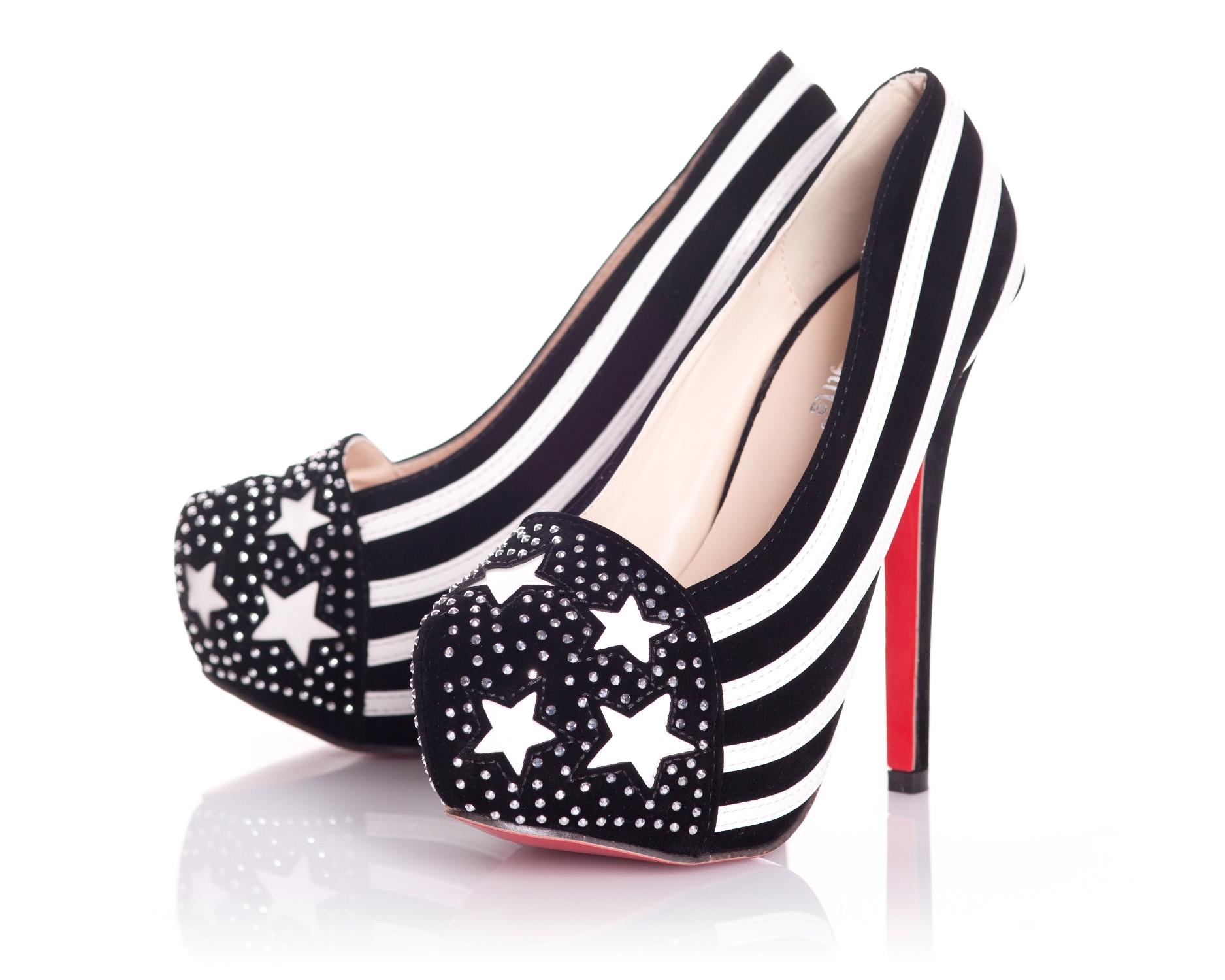 Stars & Stripes Shoes In Black & White