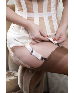 Court Royal Peach Rosa Suspender Belt